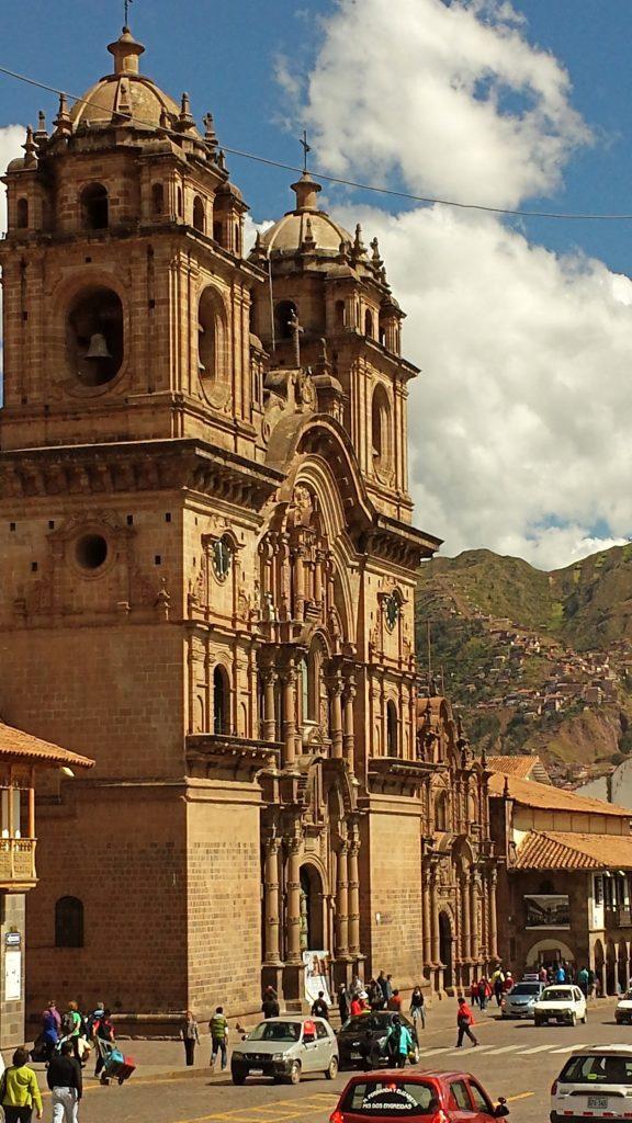 Sarah Belwriting Reisblog Cusco Plaza de Armas